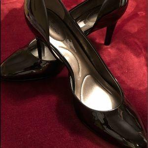 Bandolino black patent leather pumps NWOT size 10
